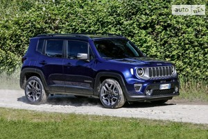 Jeep Renegade 2.4 АТ (184 л.с.) Trailhawk