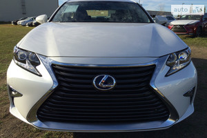 Lexus ES 350 AT (249 л.с.)