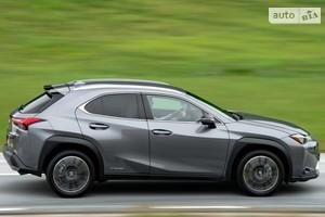 Lexus UX 250h CVT (177 л.с.) Business