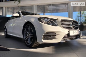 Mercedes-Benz E-Class 180 AT (156 л.с.)
