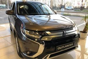 Mitsubishi Outlander 2.0 CVT (145 л.с.) 2WD  Invite