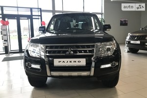 Mitsubishi Pajero Wagon 3.0 AT (174 л.с.) Intense