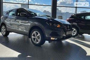 Nissan Qashqai New FL 1.6dCi CVT (130 л.с.) 2WD Acenta Parking+Navi