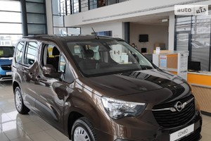 Opel Combo Life 1.5 BlueHDi AT (130 л.с.) L1 S/S Enjoy