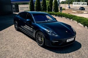 Porsche Panamera 4S E-Hybrid 2.9 PDK (560 л.с.)