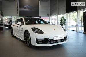 Porsche Panamera Sport Turismo 4 E-Hybrid 2.9 PDK (462 л.с.)
