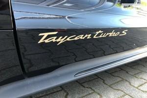 Porsche Taycan Turbo S (761 л.с.)