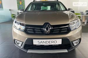 Renault Sandero StepWay 0.9TCe 5РКП (90 л.с.) Zen