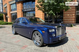 Rolls-Royce Phantom 6.7 (460 л.с.) AT base