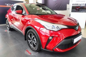 Toyota C-HR 1.8 Hybrid e-CVT (122 л.с.) Active