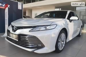 Toyota Camry 2.5 Hybrid E-CVT (218 л.с.) Premium