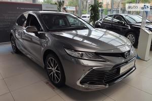 Toyota Camry 2.5 Hybrid e-CVT (218 л.с.) Premium+