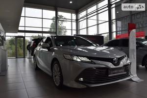 Toyota Camry 2.5 Hybrid E-CVT (218 л.с.) Prestige