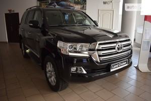 Toyota Land Cruiser 200 4.6 AT (309 л.с.) Elegance