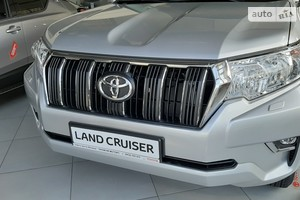 Toyota Land Cruiser Prado FL 2.8 D-4D AT (177 л.с.) 4WD Comfort