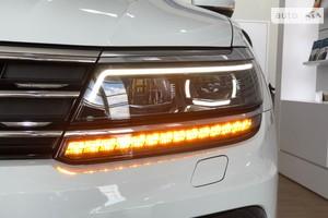 Volkswagen Tiguan New 2.0 TSI АT (220 л.с.) Individual