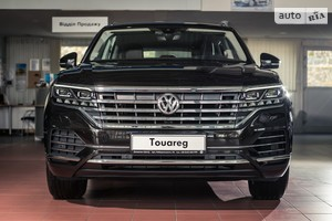 Volkswagen Touareg 3.0 TDI AT (286 л.с.) AWD Ambience