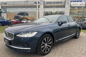 Volvo S90 D5 2.0D АТ (234 л.с.) AWD Inscription