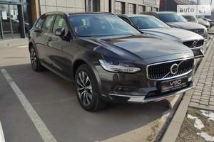 Volvo V90 D5 2.0 8AT (235 л.с.) AWD Momentum
