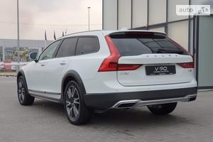 Volvo V90 Cross Country D4 2.0D АТ (190 л.с.) AWD Pro