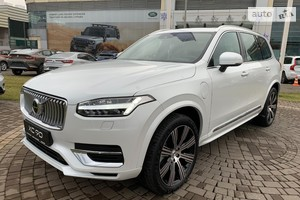 Volvo XC90 T8 2.0 AT (390 л.с.) Hybrid AWD 7s Inscription