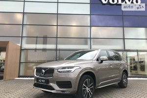 Volvo XC90 B5 2.0D 8AT (235 л.с.) AWD KERS Momentum Pro