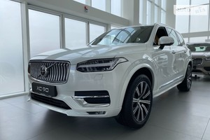 Volvo XC90 B5 2.0D 8AT (235 л.с.) AWD KERS Inscription