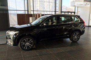 Volvo XC90 T5 2.0 AT (250 л.с.) AWD KERS Momentum Pro