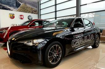 Alfa Romeo Giulia 2.0i MultiAir AT (200 л.с.) 2020