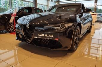 Alfa Romeo Giulia 2.0i MultiAir AT (280 л.с.) AWD 2021