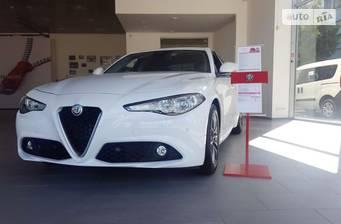 Alfa Romeo Giulia Super 2.0  AT (200 л.с.) 2016