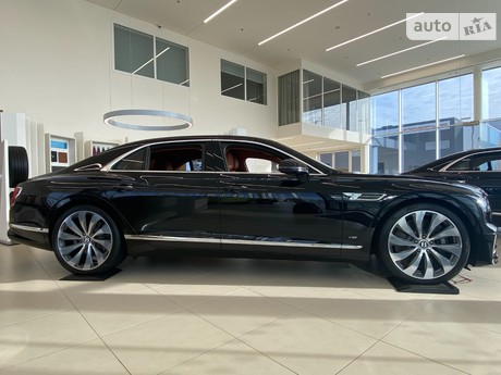 Bentley Flying Spur V8 2021