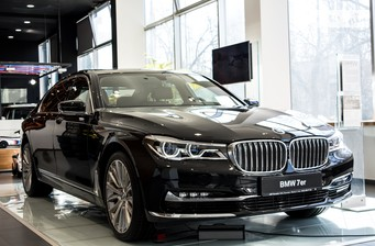 BMW 7 Series G12 750Ld AT (400 л.с.) xDrive  2016