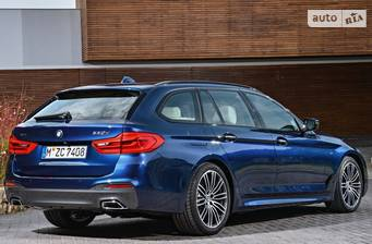BMW 5 Series G31 520d АT (190 л.с.) 2017