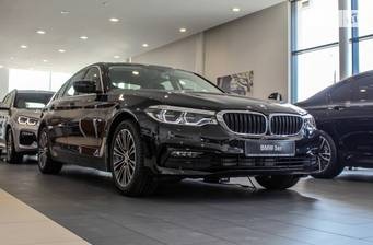 BMW 5 Series 520d Steptronic (190 л.с.) xDrive 2019