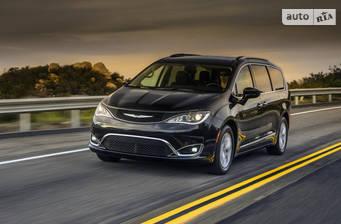 Chrysler Pacifica 3.6 АТ (286 л.с.) 2018