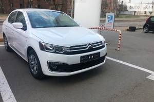 Citroen C-Elysee New 1.2 МТ (82 л.с.)  Feel 2019