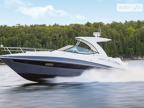 Cruisers Yachts Express 2020