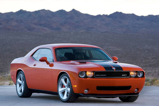 Dodge Challenger SRT Hellcat Supercharged