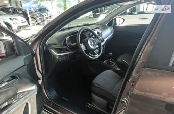 Fiat Tipo 2020 Street
