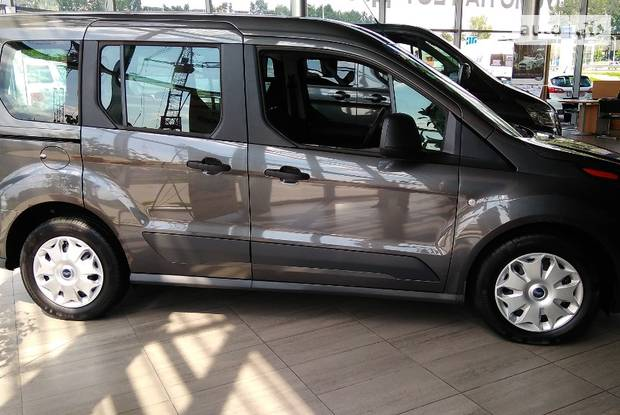 Ford Tourneo Connect пасс. Trend