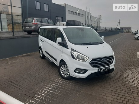 Ford Tourneo Custom 2020