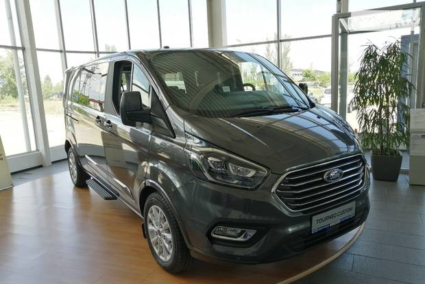 Ford Tourneo Custom Individual