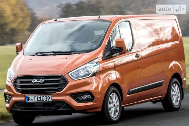 Ford Transit Custom Amb Plus