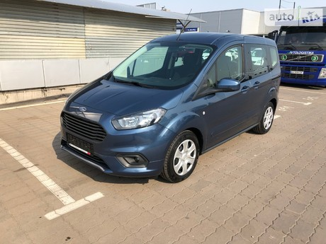 Ford Tourneo Courier 2019