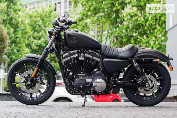Harley-Davidson 883 Iron