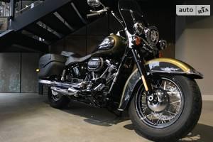 Harley-Davidson FLHCS