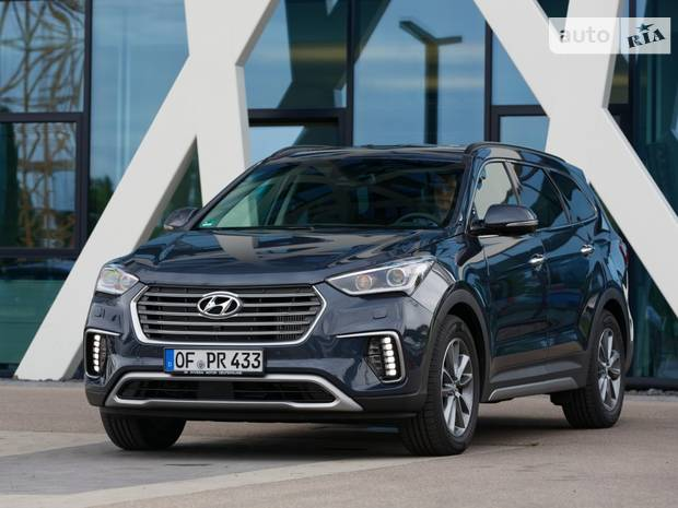 Hyundai Grand Santa Fe Premium