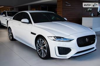Jaguar XE 2.0i AT (250 л.с.) RWD 2020