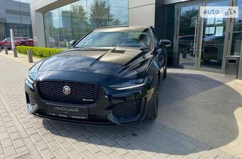 Jaguar XE 2.0i AT (250 л.с.) RWD 2021